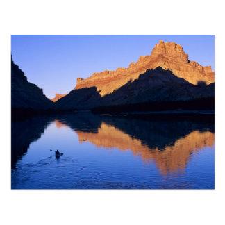 Kayaking no Rio Colorado no espanhol Cartão Postal
