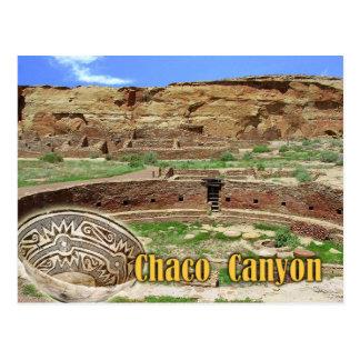 Kiva em Chetro Ketl, garganta de Chaco, New mexico Cartão Postal