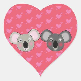 Koalas de Kawaii na etiqueta do amor