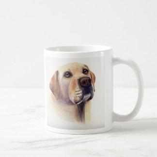 Labrador amarelo com texto de informação da raça caneca de café