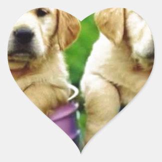 Labrador persegue puppys angie adesivo coração