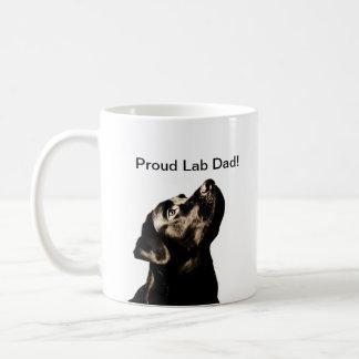 Labrador retriever preto impressionante caneca