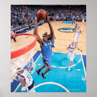Lado direito da bola n de Kevin Durant | sob o Pôster