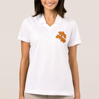 Lado mais macio da laranja camisa polo