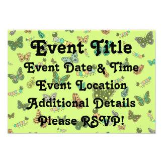 Lagartas bonitos & borboletas (fundo verde) convite