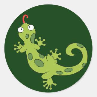 lagarto bonito dos desenhos animados adesivos redondos