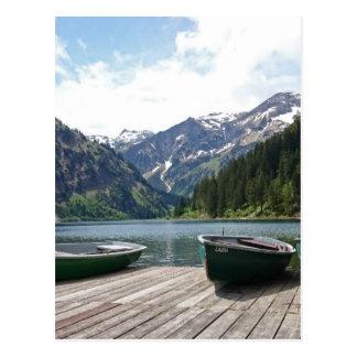 Lago alpino cartão postal