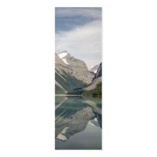 Lago Kinney e montagem próxima Robson de Whitehorn Cartão De Visita Skinny