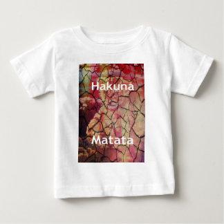 Lama rachada seca do leão de Hakuna Matata Camiseta Para Bebê