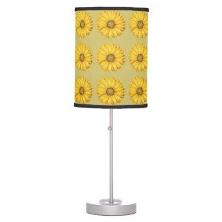 Lâmpada amarela do Desktop das flores