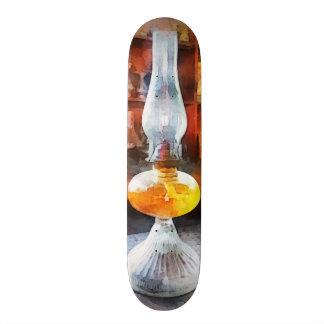 Lâmpada de furacão na loja geral skateboard