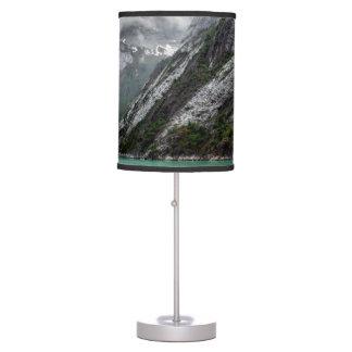 Lâmpada de pedra cinzenta da montanha