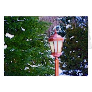 Lanterna vermelha no original do inverno (escuro) cartão