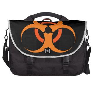 Laranja biológica do símbolo do perigo do mochila para notebook
