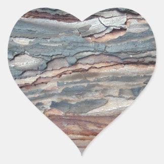 Latido carbonizado do pinho adesivo coração