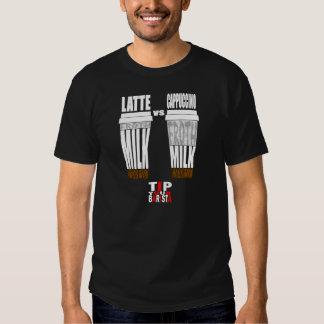Latte contra o Cappuccino 1 T-shirt