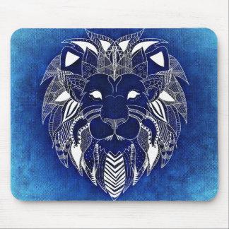 Leão branco unisex com o tapete do rato azul do mouse pad