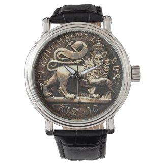 Leão do design antigo do ouro do leão do relógio