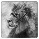 Leão, rei da selva - mão tirada relógios de paredes