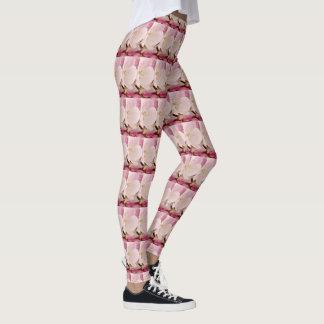 Legging Caneleiras brancas cor-de-rosa da flor de