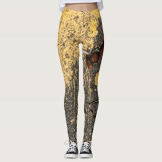 Legging Sucatas amarelas da pintura e do ferro