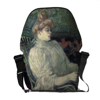 Leitura da mulher bolsa mensageiro