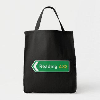 Leitura, sinal de estrada BRITÂNICO Bolsa