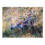 Leitura sob um Hawthorne de florescência Bush Cartoes Postais