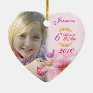 Lembrança cerâmica do ornamento do coração da foto