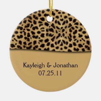 Lembrança da data do casamento do impressão do leo ornamento para arvore de natal