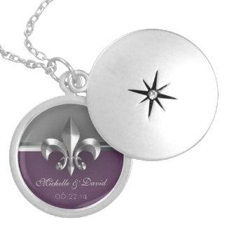 Lembrança de prata personalizada da flor de lis colar banhado a prata
