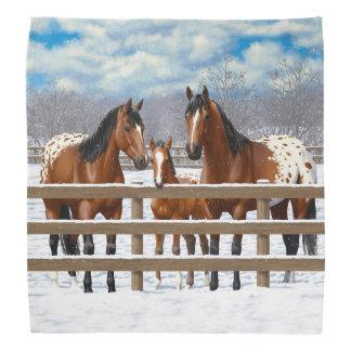 Lenço Cavalos do Appaloosa da baía na neve