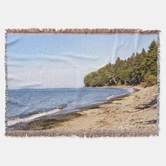 Lençol Cobertura do lance da linha costeira do oceano da
