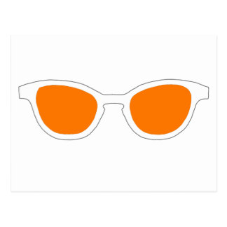 Lente alaranjada da borda branca dos óculos de sol cartão postal