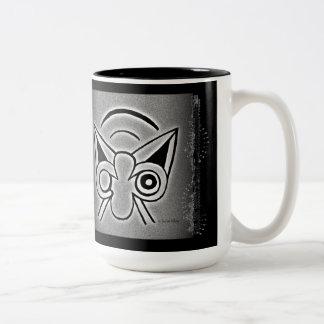 Leoa e andorinhas de Minoan Caneca De Café Em Dois Tons