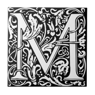 Letra Monogrammed M de William Morris