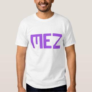 Letras corajosas de Mez roxas Tshirts