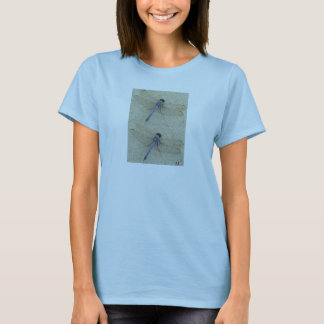 Libélula azul camiseta