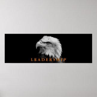 Liderança preta & branca de Eagle Pôster