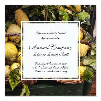 Limões italianos elegantes em uma cesta convite quadrado 13.35 x 13.35cm