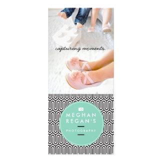 Limpe o cartão da cremalheira do design - panfletos informativos personalizados
