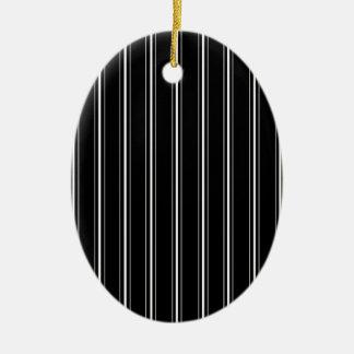 Linhas elegantes ornamento de cerâmica oval
