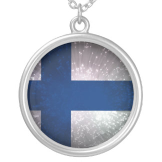 Lippu de Suomen Colar Com Pendente Redondo