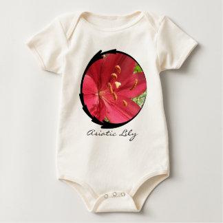 Lírio asiático vermelho macacãozinhos para bebê