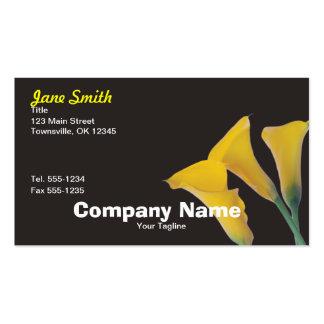 Lírios de Calla amarelos no preto - carro floral Cartões De Visita