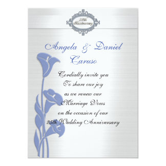 Cartão lírios de calla azuis do 25o convite do