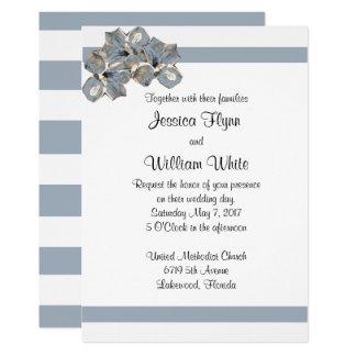 Listra azul empoeirada e convite de casamento