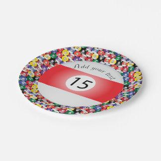 Listra número quinze das bolas de piscina do prato de papel