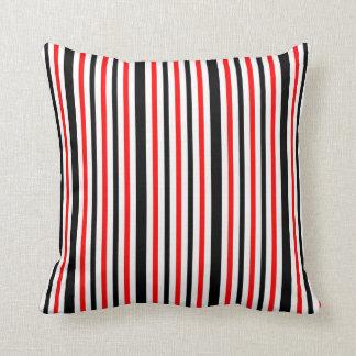 Listras brancas e pretas vermelhas almofada