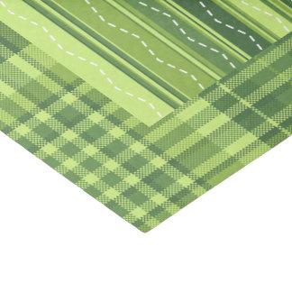 Listras da verificação do verde do lenço de papel